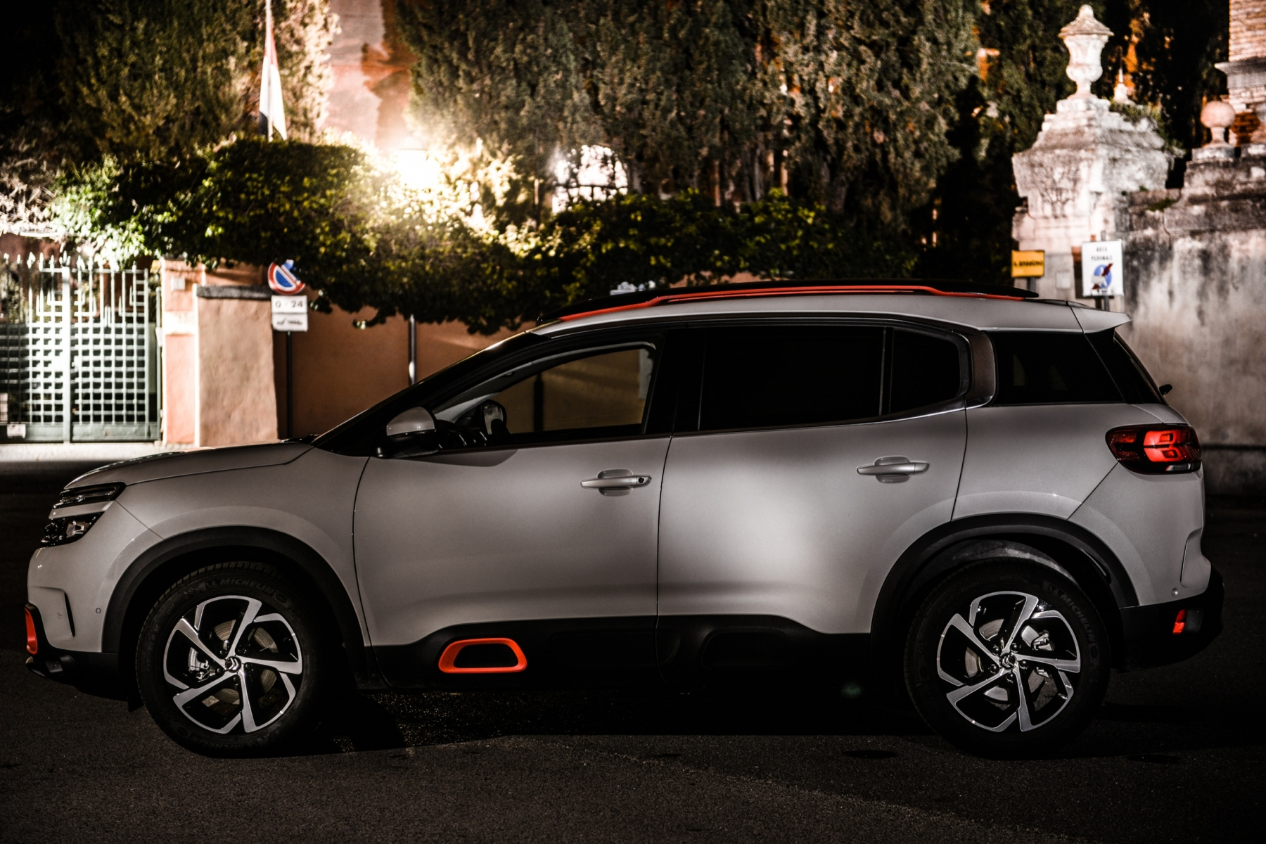 LR5_EDIT-EXPORT_CITROEN-C5-AIRCROSS_overall-18