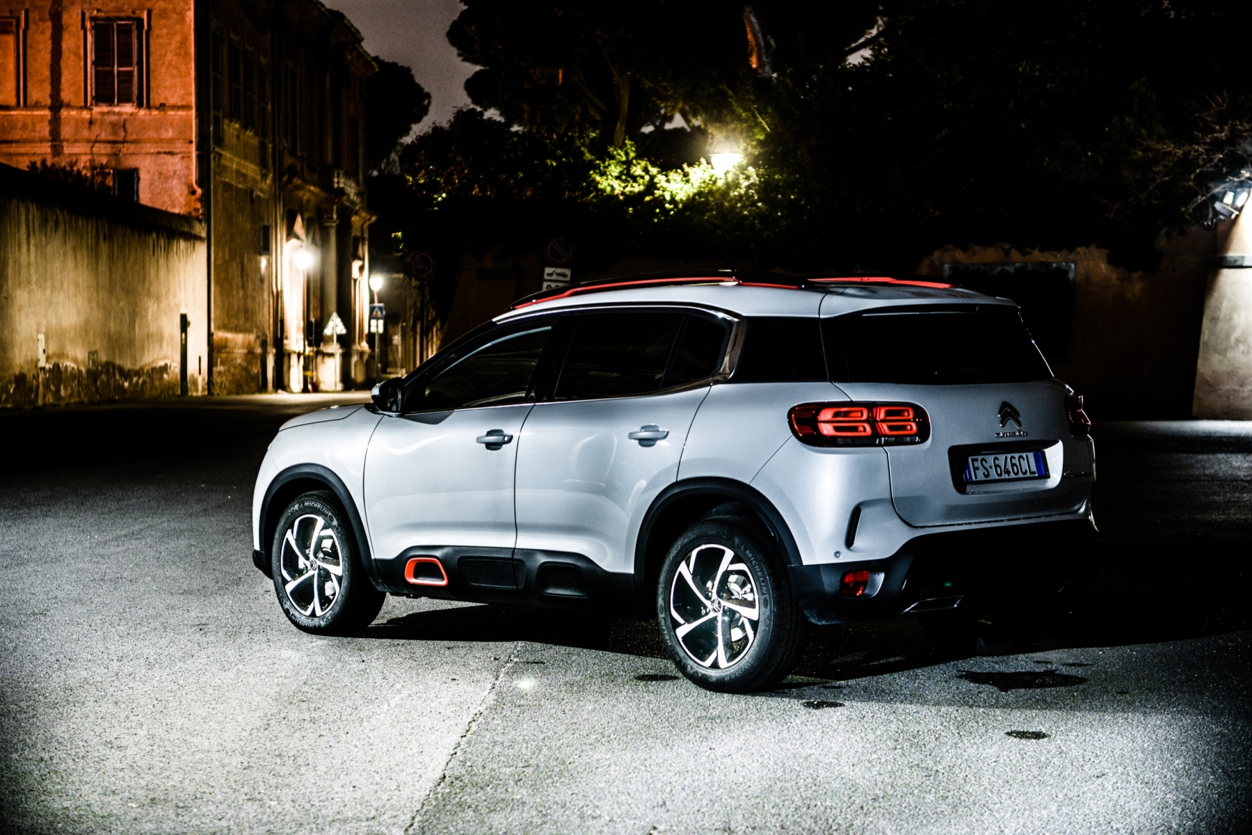LR5_EDIT-EXPORT_CITROEN-C5-AIRCROSS_overall-21