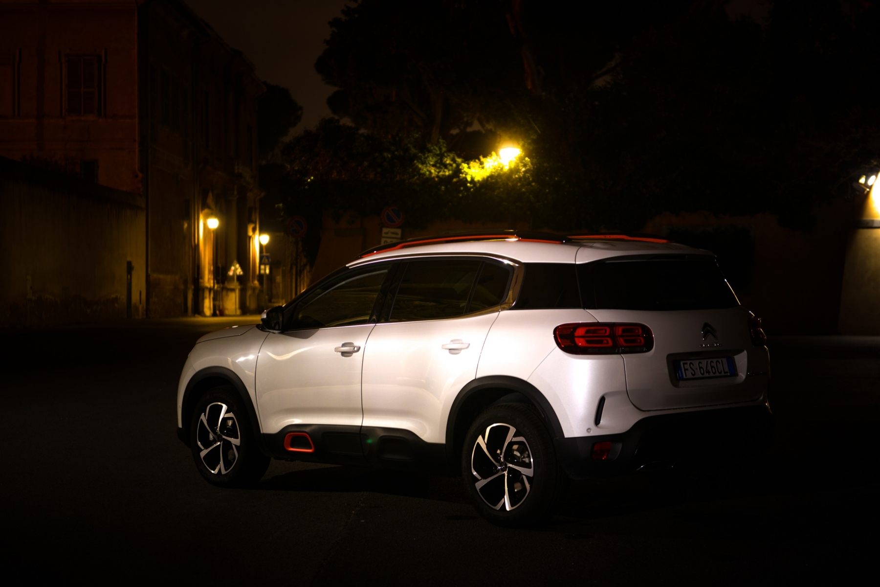 LR5_EDIT-EXPORT_CITROEN-C5-AIRCROSS_overall-22