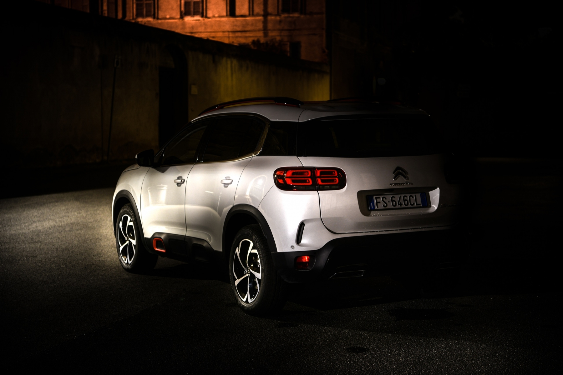 LR5_EDIT-EXPORT_CITROEN-C5-AIRCROSS_overall-25