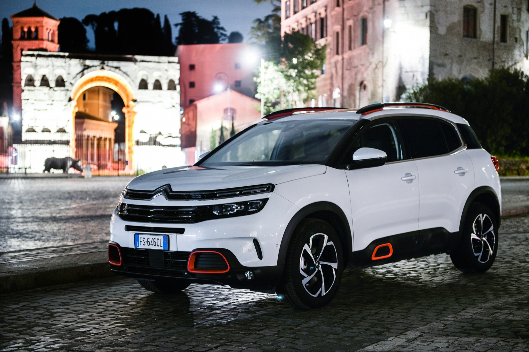 LR5_EDIT-EXPORT_CITROEN-C5-AIRCROSS_overall-31