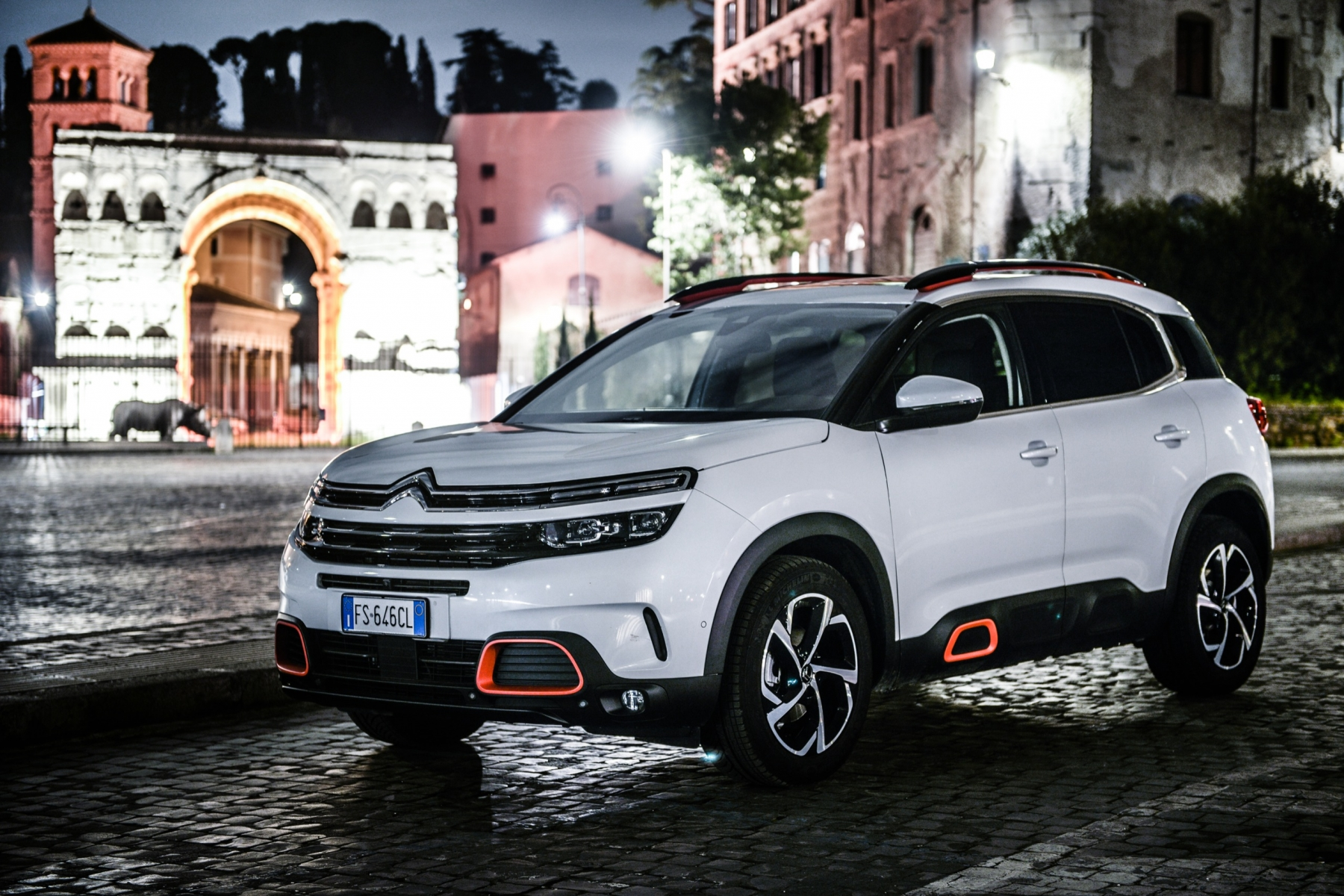 LR5_EDIT-EXPORT_CITROEN-C5-AIRCROSS_overall-32