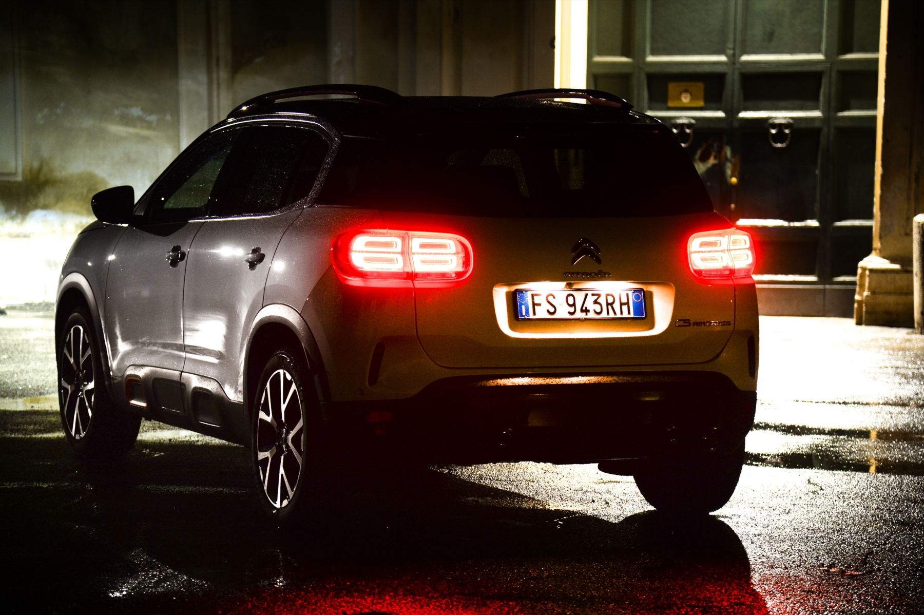LR5_EDIT-EXPORT_CITROEN-C5-AIRCROSS_overall-4