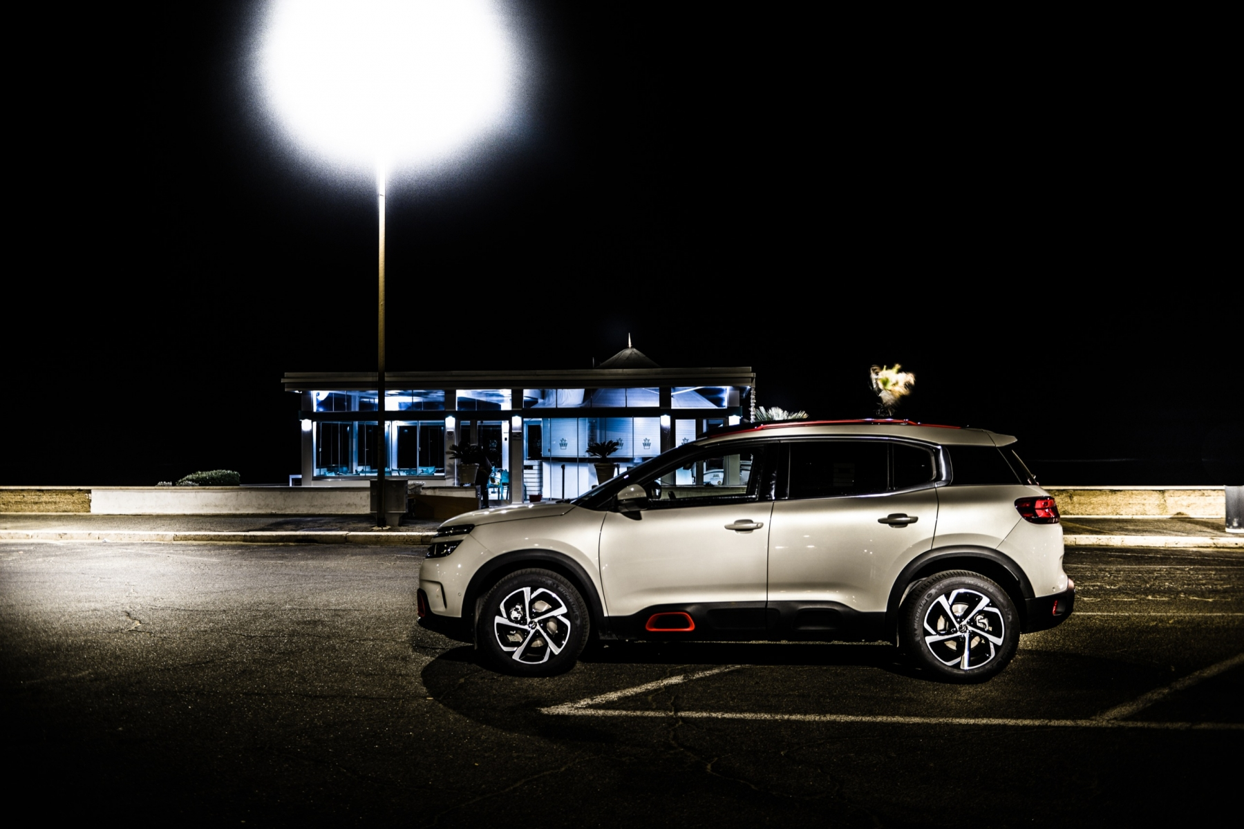 LR5_EDIT-EXPORT_CITROEN-C5-AIRCROSS_overall-42