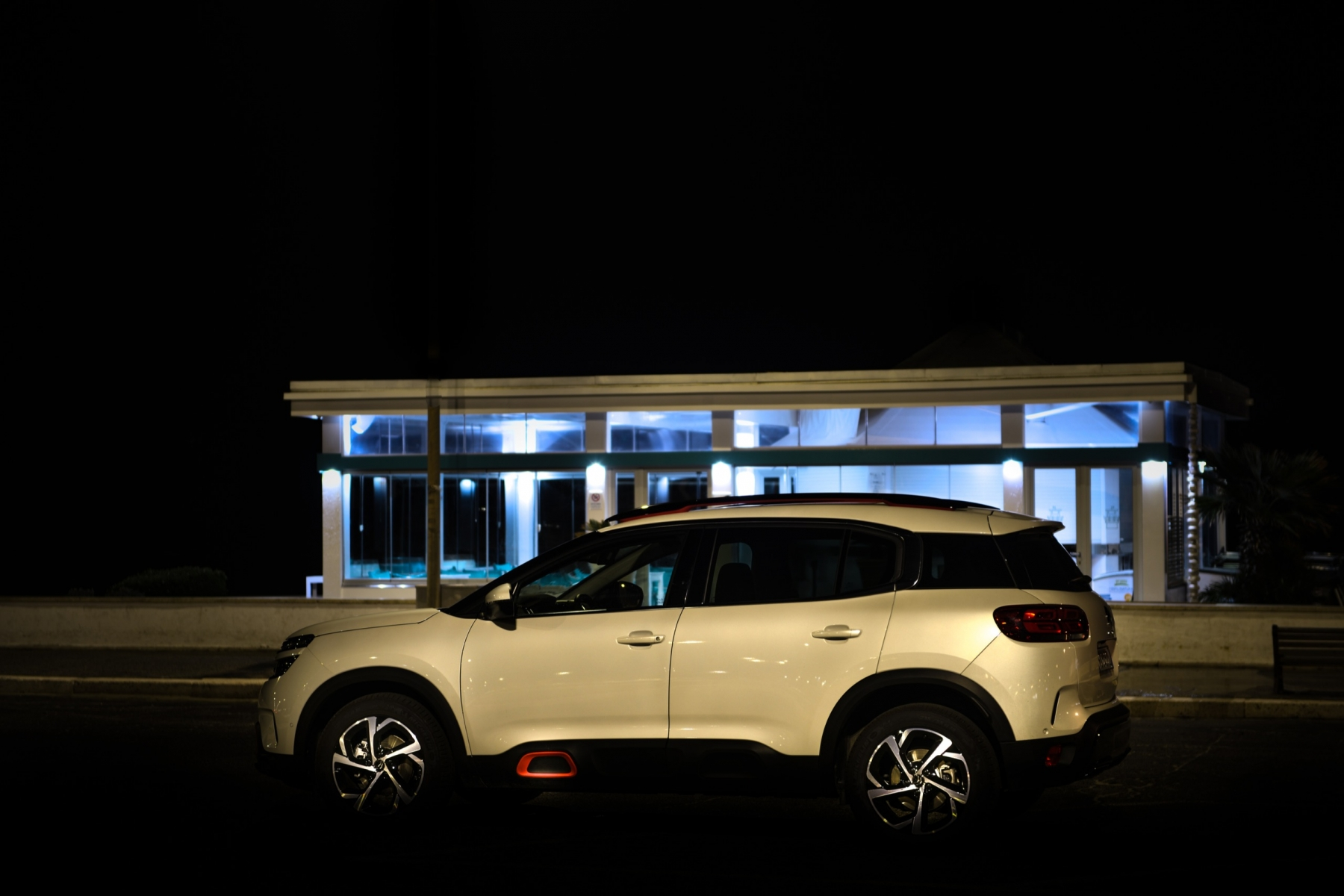 LR5_EDIT-EXPORT_CITROEN-C5-AIRCROSS_overall-44