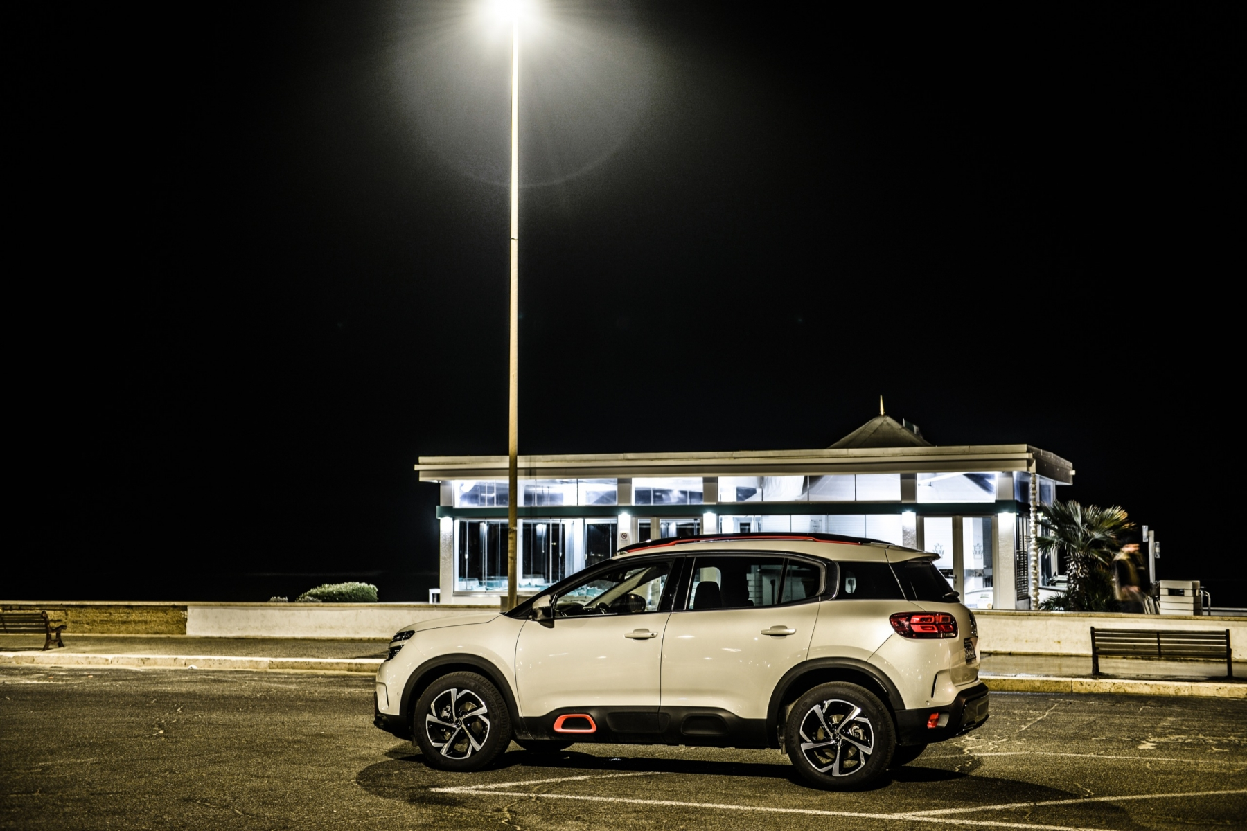 LR5_EDIT-EXPORT_CITROEN-C5-AIRCROSS_overall-45