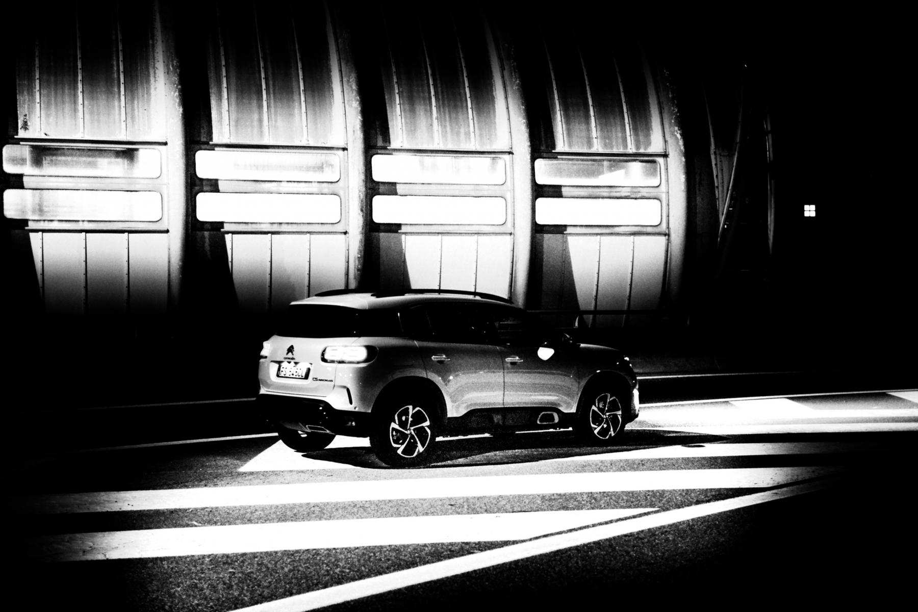 LR5_EDIT-EXPORT_CITROEN-C5-AIRCROSS_overall-53