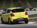 Suzuki SWIFT Sport - Dynamic (25)