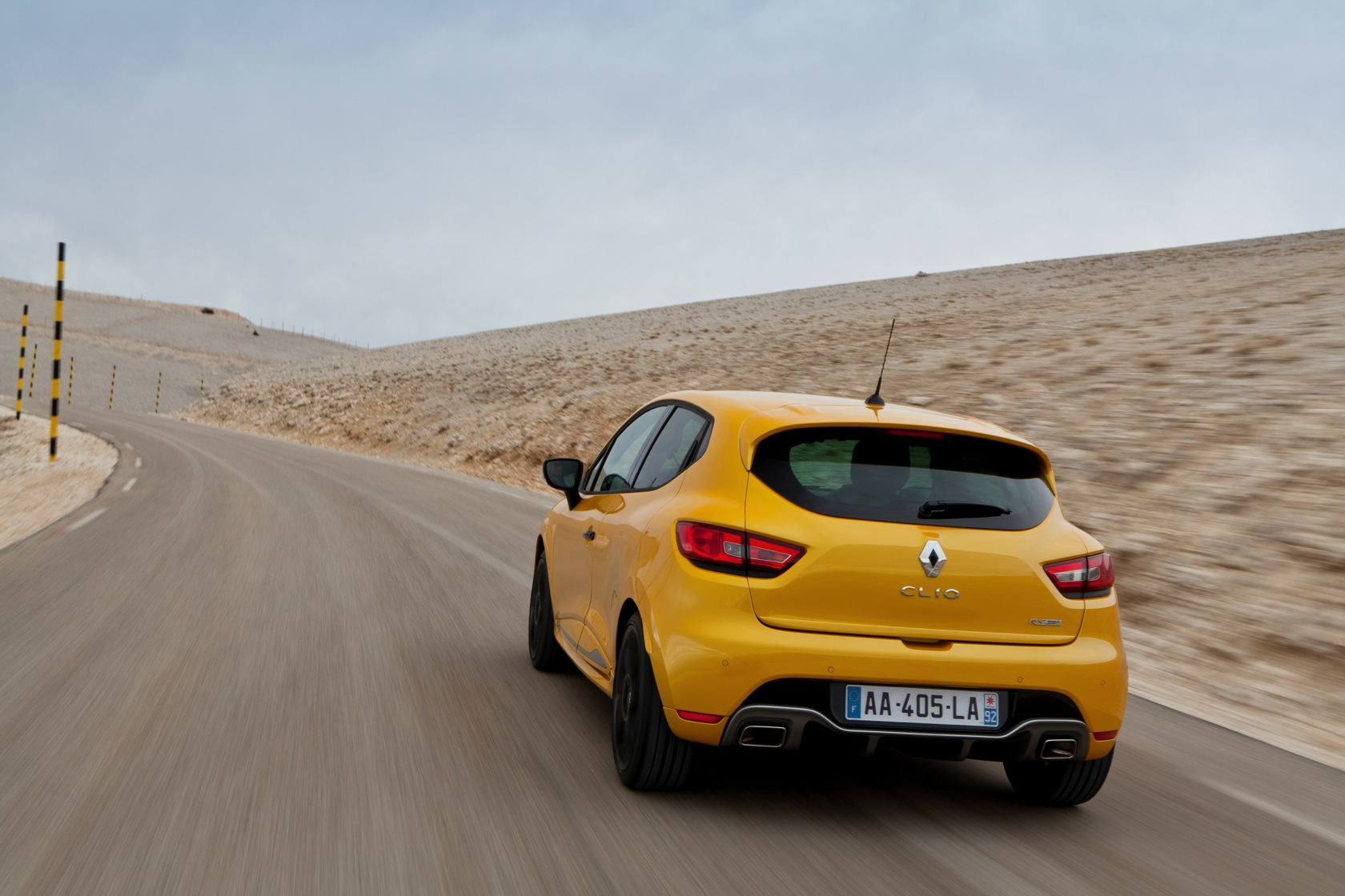 DRIVELIFE New Renault Clio RS 200 EDC