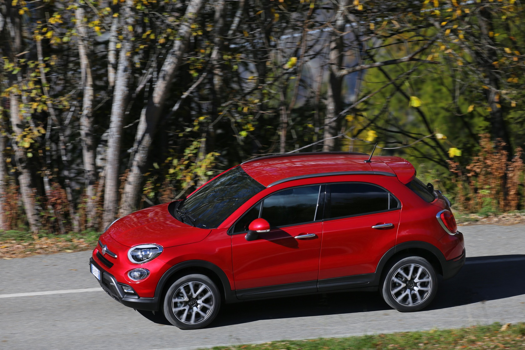 21 fiat 500x cross drivelife. Black Bedroom Furniture Sets. Home Design Ideas