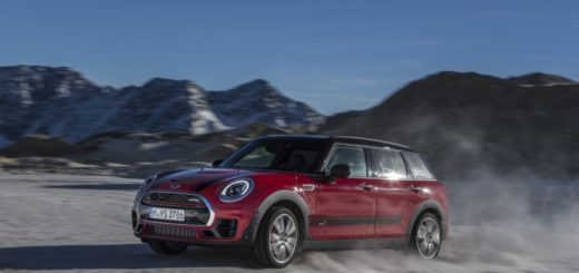 MINI JOHN COOPER WORKS CLUBMAN - IN TV CON DRIVELIFE DEL 7 GENNAIO