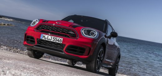 MINI JOHN COOPER WORK COUNTRYMAN - IN TV SU DRIVELIFE DEL 22 APRILE