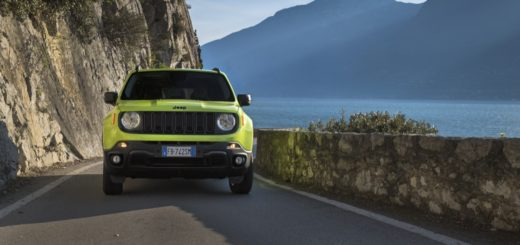 JEEP RENEGADE UPLAND - IN TV IL 15 APRILE SU DRIVELIFE
