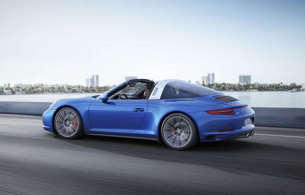 PORSCHE 911 CARRERA 4 & 911 TARGA 4 - 18/11 IN TV